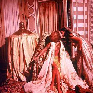 les 1001 nuits rotiques film 1972 allocin. Black Bedroom Furniture Sets. Home Design Ideas