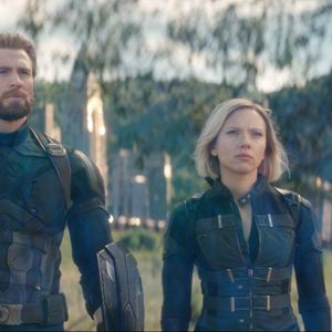 Avengers: Infinity War : Photo Chris Evans, Scarlett Johansson