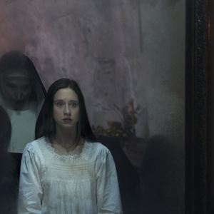 La Nonne : Photo Taissa Farmiga