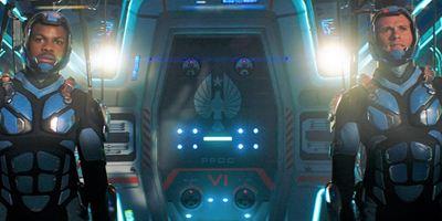 Nouvelle bande-annonce Pacific Rim 2 : John Boyega chef de guerre face à un titanesque Kaiju