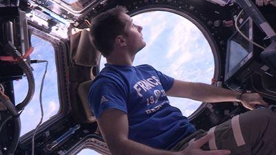 """16 levers de soleil : """"Dans l'espace, on devient un super-héros"""""""