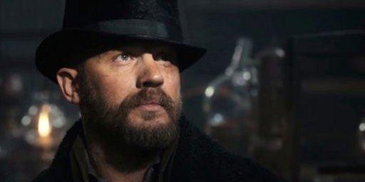 James Bond : Tom Hardy verrait bien Christopher Nolan derrière la caméra
