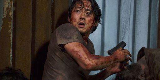 The Walking Dead : vous pensez que les scénaristes se sont loupés avec Glenn ? Steven Yeun aussi !