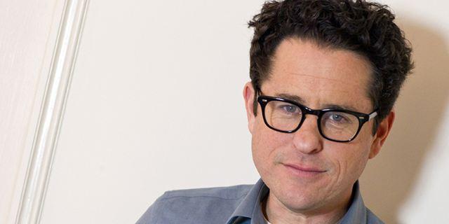 "Cloverfield 4 : J.J. Abrams promet un film ""fou"""