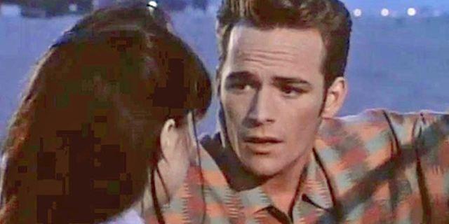 Riverdale : Archie et Betty rejouent la scène de rupture entre Brenda et Dylan de Beverly Hills