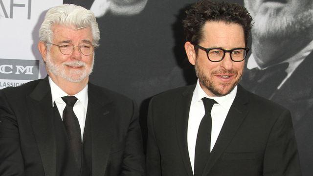 Star Wars 9 : J.J. Abrams a consulté George Lucas avant d'écrire The Rise of Skywalker