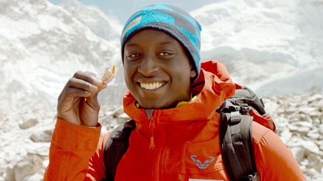 L'Ascension sur France 2: Ahmed Sylla a-t-il vraiment tourné au sommet de l'Everest ?