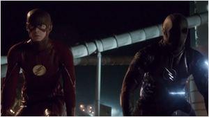 The Flash : course à la mort avec Zoom dans la bande-annonce du final de la saison 2 [SPOILERS]