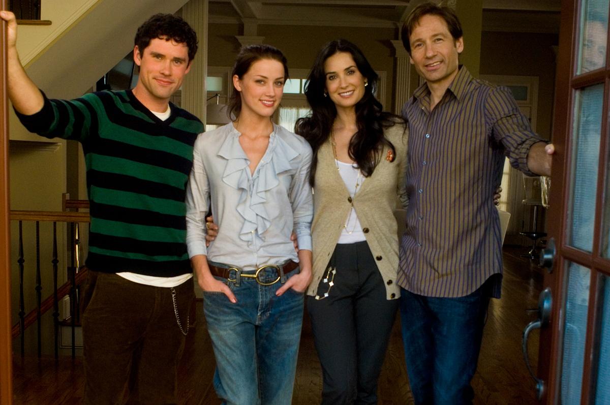 Photo du film la famille jones photo 7 sur 18 allocin - Office famille et etudiant 2010 3 postes ...