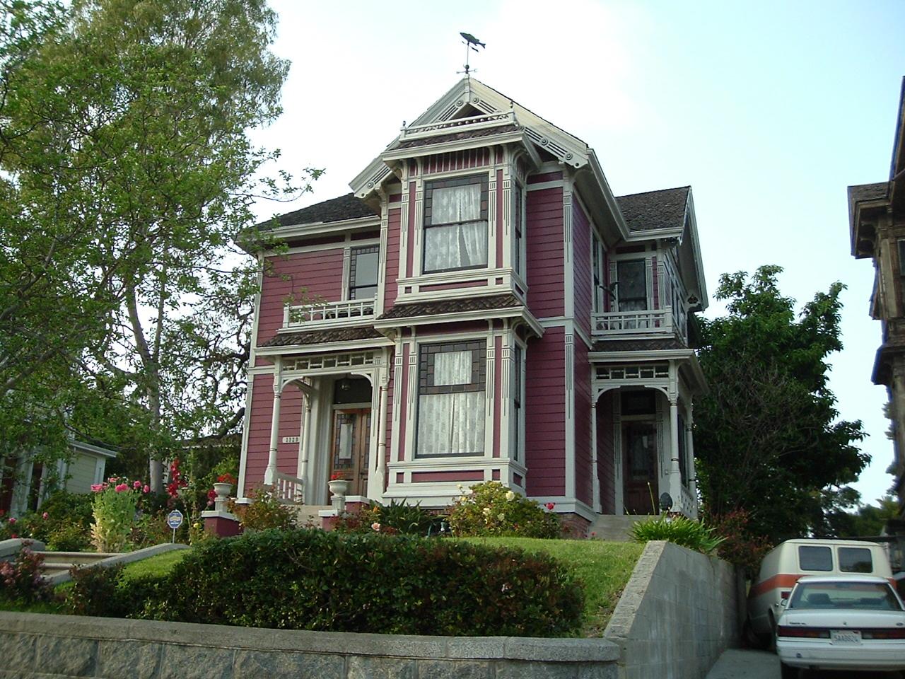 la maison de quot charmed quot recherche maisons c 233 l 232 bres de et s 233 ries tv allocin 233