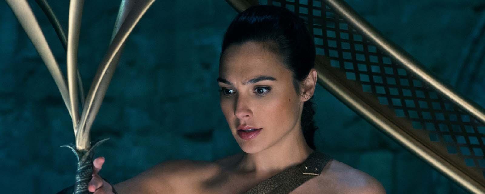 Après Wonder Woman, Gal Gadot sous les mers avec Bradley Cooper ?