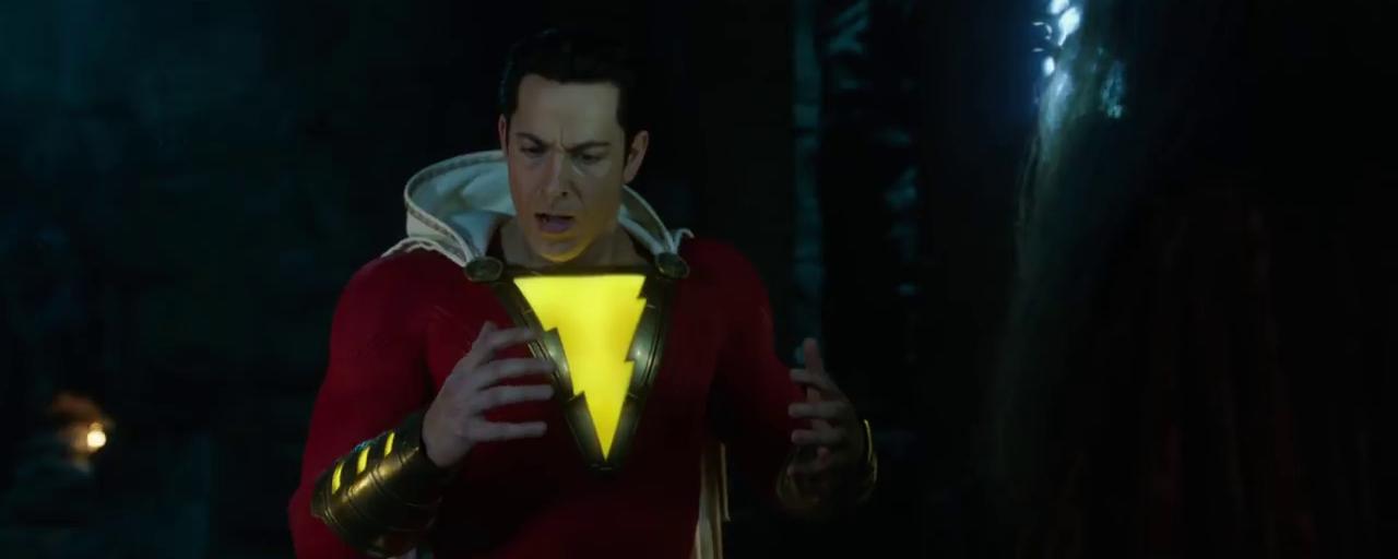 Comic-Con 2018 : Shazam découvre ses pouvoirs dans la bande-annonce électrique du film DC Comics