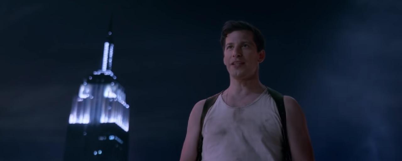Brooklyn Nine-Nine: Andy Samberg se la joue John McClane dans le teaser de la saison 6