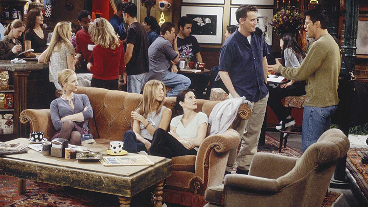 Friends : quel jeu de mots se cache derrière Central Perk, le bar culte de la série ?