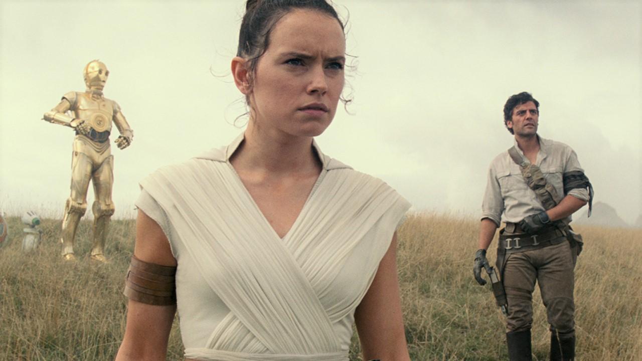 Bande-annonce finale Star Wars 9 : un Palpatine menaçant et une déferlante de batailles épiques