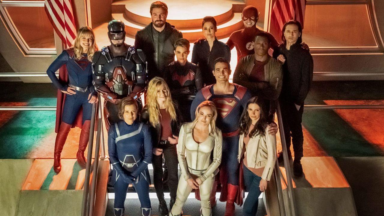 Arrow : tout ce qu'il faut savoir sur le crossover Crisis on Infinite Earths en deux parties