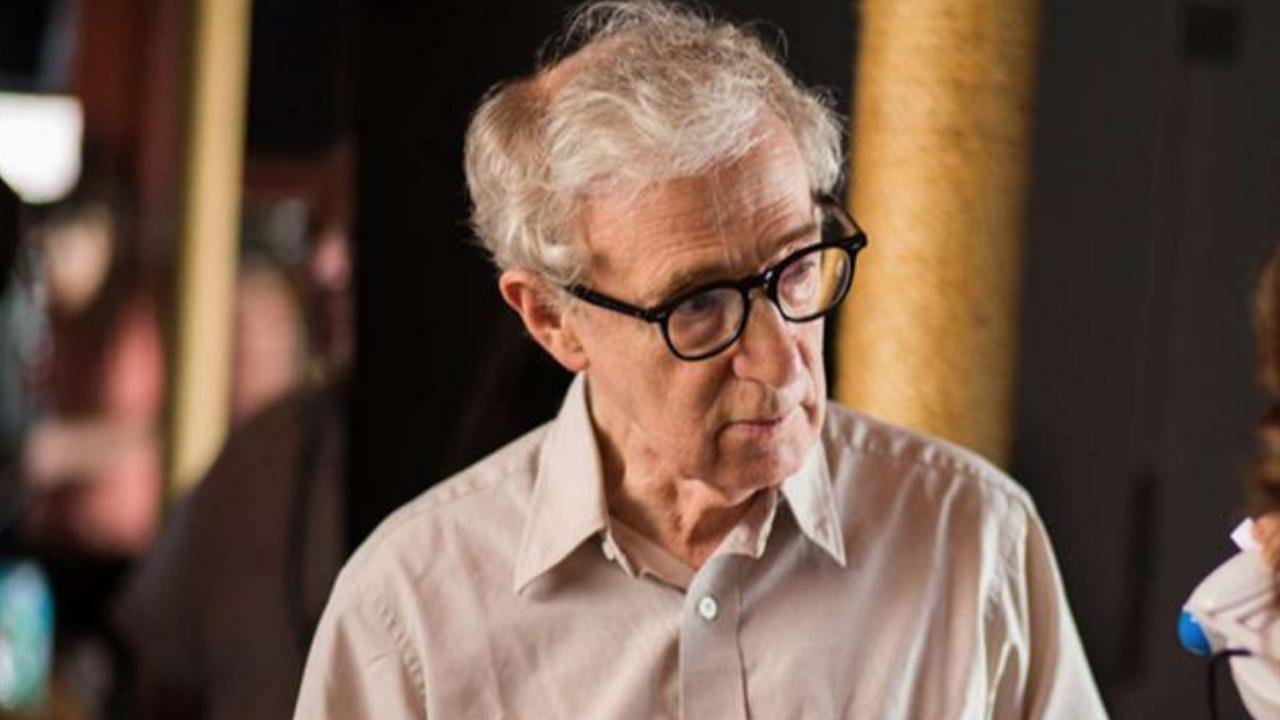 Woody Allen : les mémoires du réalisateur sortent finalement en librairie aujourd'hui