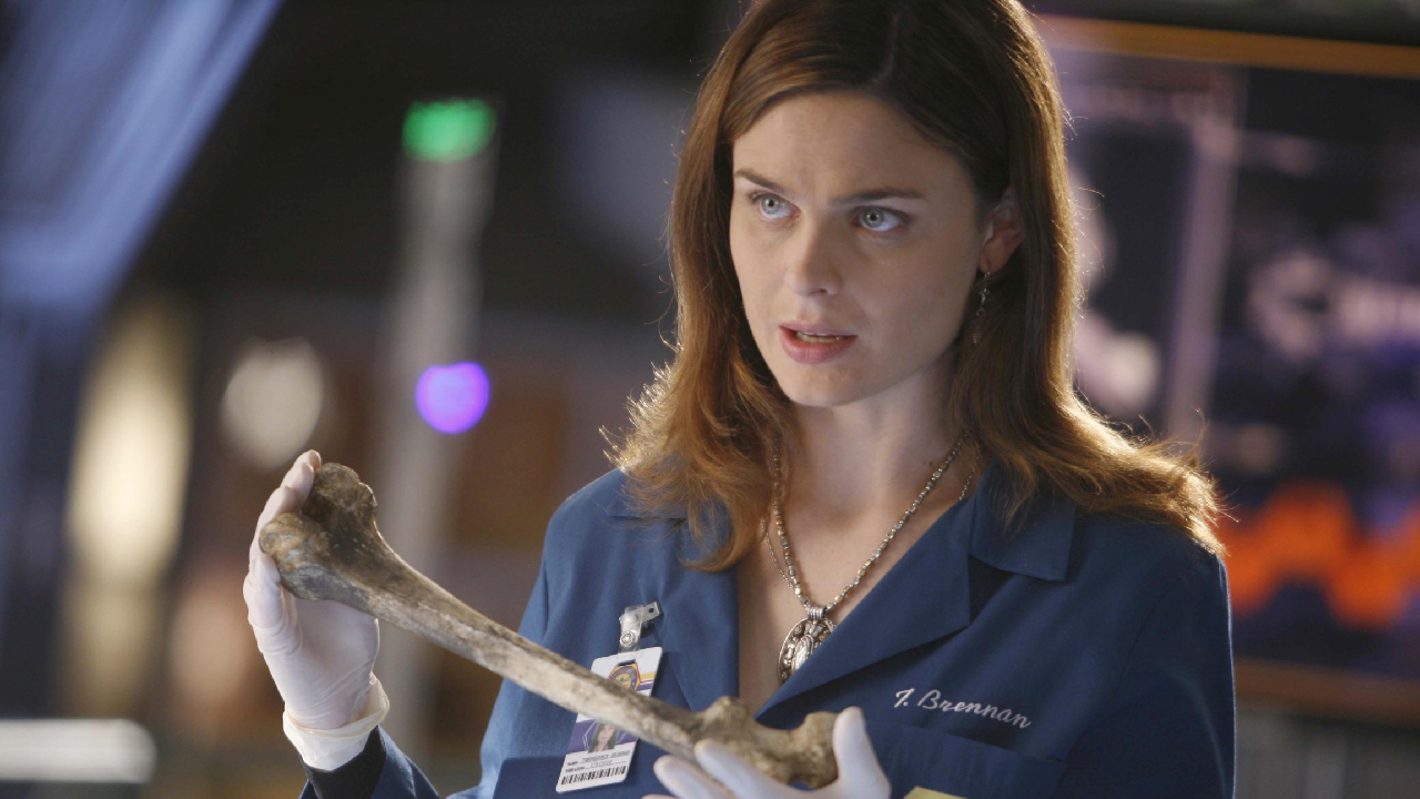 The Rookie : Emily Deschanel (Bones) jouera l'ex-femme de Nathan Fillion dans la saison 3