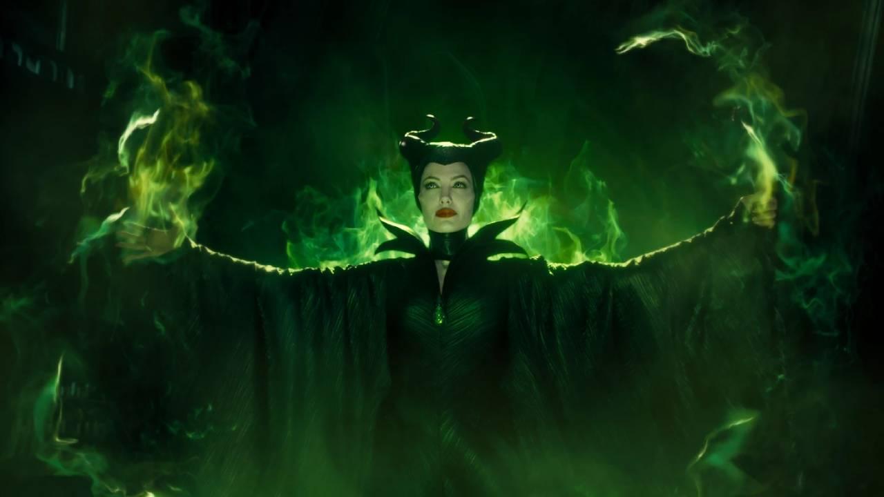 Maléfique : pourquoi Angelina Jolie a-t-elle les yeux verts dans le film ?