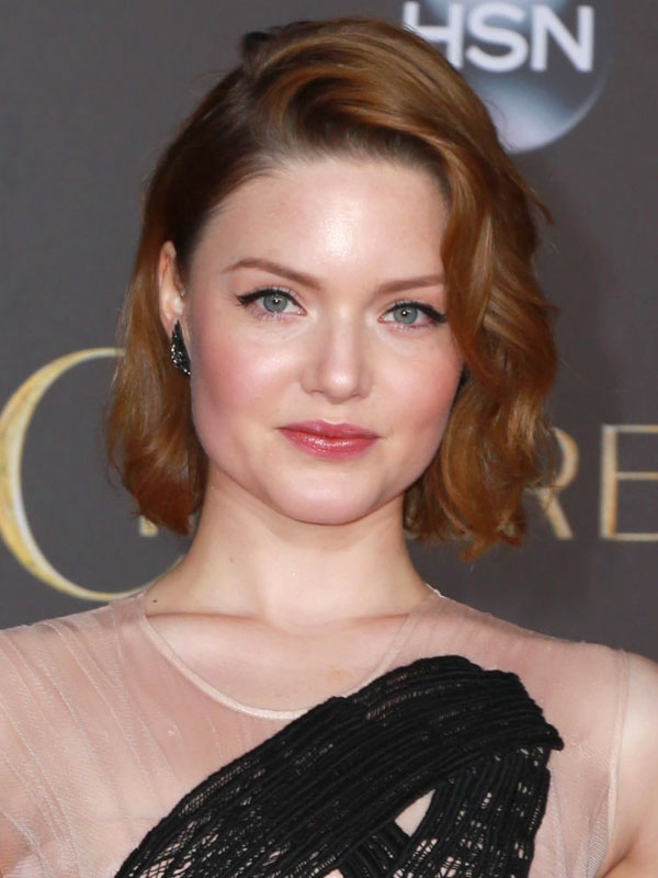 Holliday Grainger : Fi...