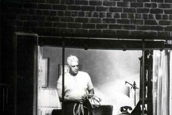 Fenêtre sur cour : Photo Alfred Hitchcock, Raymond Burr