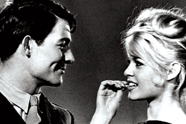 Babette s'en va-t-en guerre : Photo Brigitte Bardot, Christian-Jaque