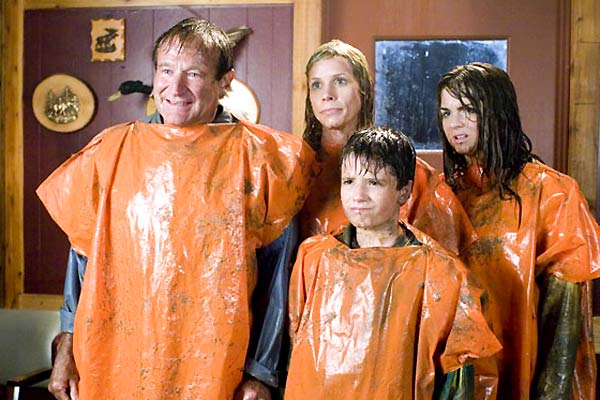Camping car : Photo Cheryl Hines, Jojo, Josh Hutcherson, Robin Williams
