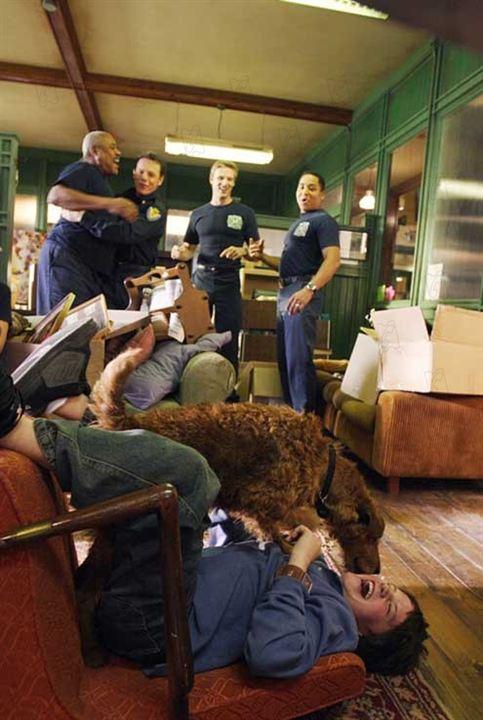 Rex, chien pompier : Photo Josh Hutcherson, Todd Holland