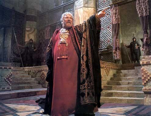Jésus de Nazareth : Photo Franco Zeffirelli, Peter Ustinov