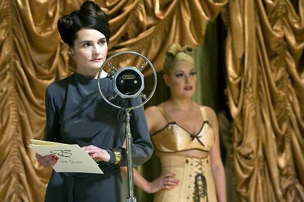 Miss Pettigrew : Photo Bharat Nalluri, Shirley Henderson
