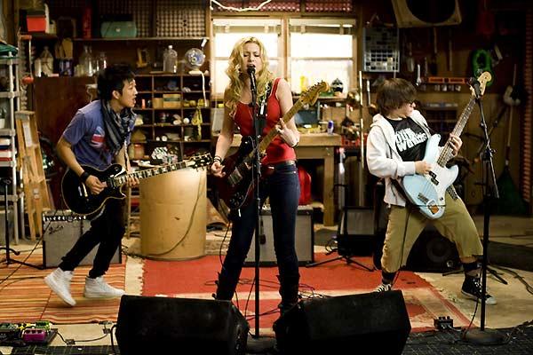College Rock Stars : Photo Aly Michalka, Charlie Saxton, Tim Jo, Todd Graff