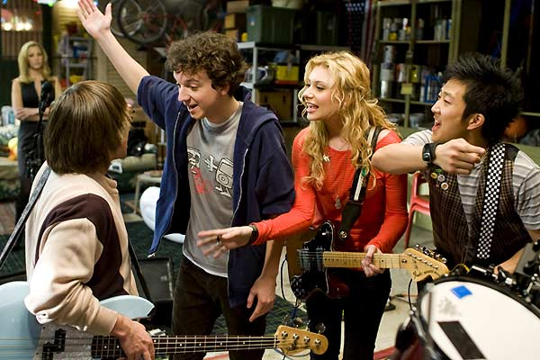 College Rock Stars : Photo Aly Michalka, Charlie Saxton, Gaelan Connell, Tim Jo, Todd Graff