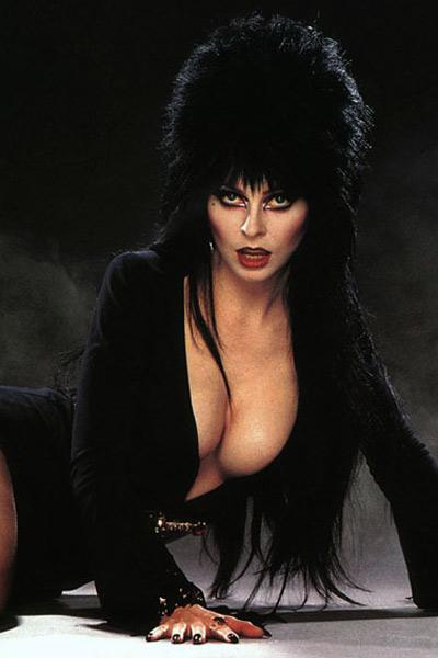 Elvira, Maîtresse des Ténèbres : Photo Cassandra Peterson, James Signorelli