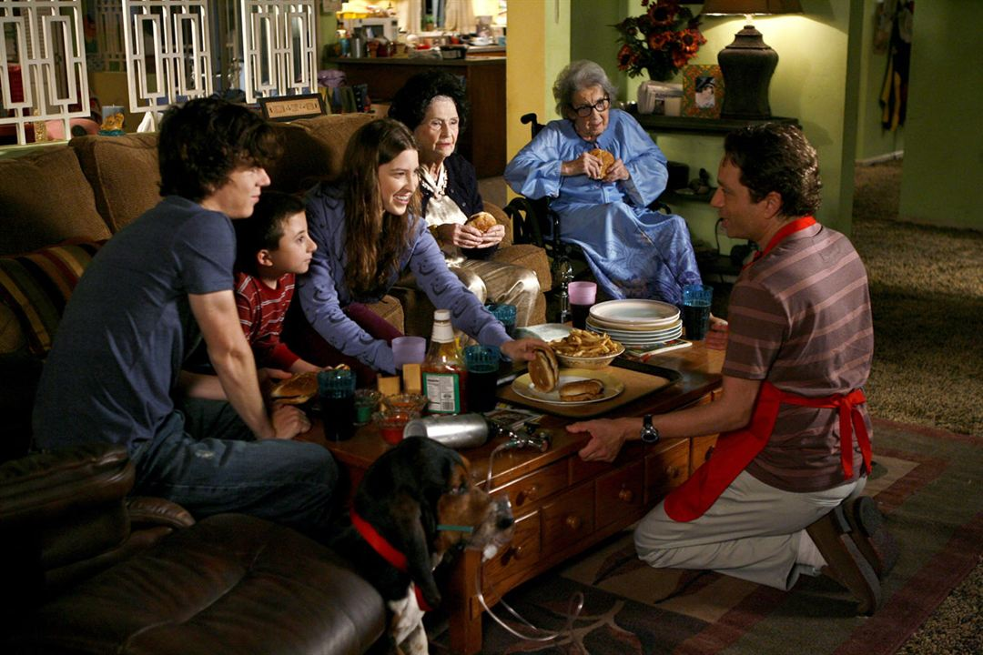 The Middle : Photo Atticus Shaffer, Charlie McDermott, Chris Kattan, Eden Sher, Frances Bay