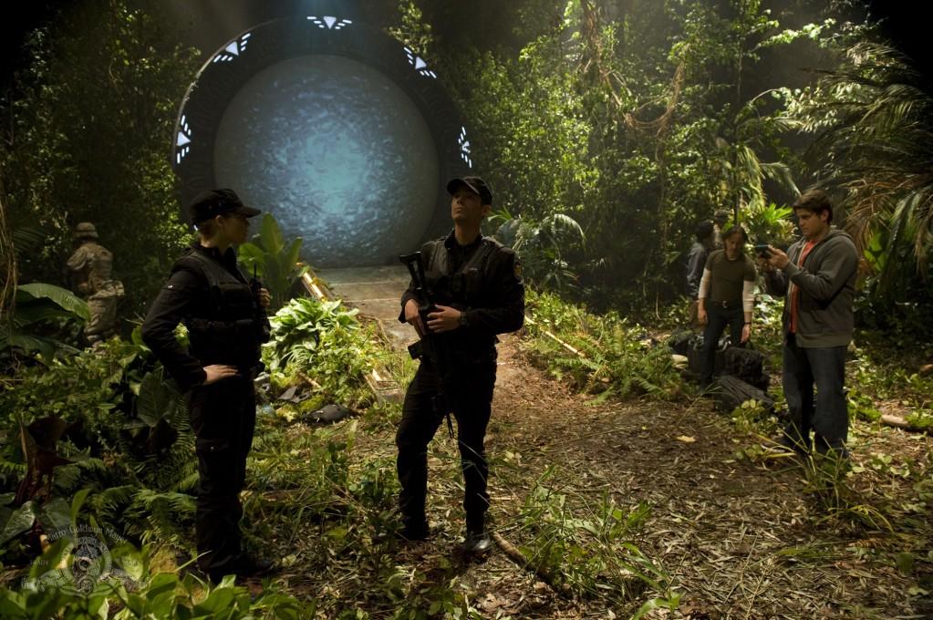 Stargate Universe : Photo Alaina Huffman, Brian J. Smith, David Blue, Robert Carlyle