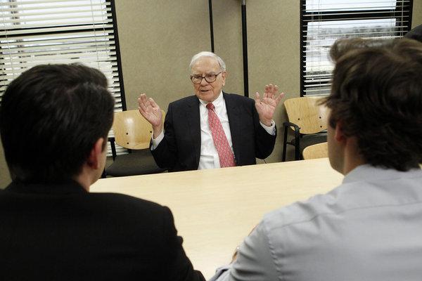 Photo John Krasinski, Warren Buffett, Zach Woods