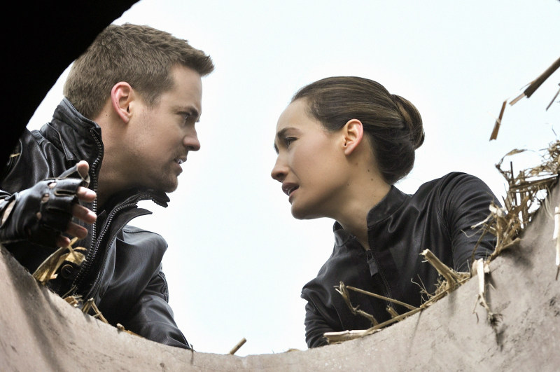 Photo Maggie Q, Shane West