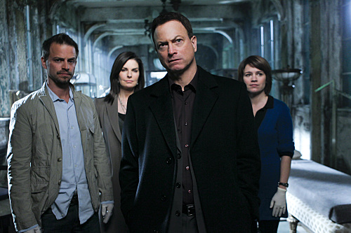 Les Experts : Manhattan : Photo Anna Belknap, Carmine Giovinazzo, Gary Sinise, Sela Ward