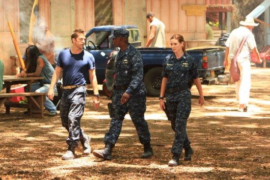 Photo Andre Braugher, Daisy Betts, Scott Speedman