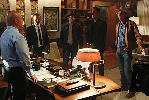 Photo Dennis Quaid, James Russo, Michael Chiklis, Sonny Marinelli, Taylor Handley