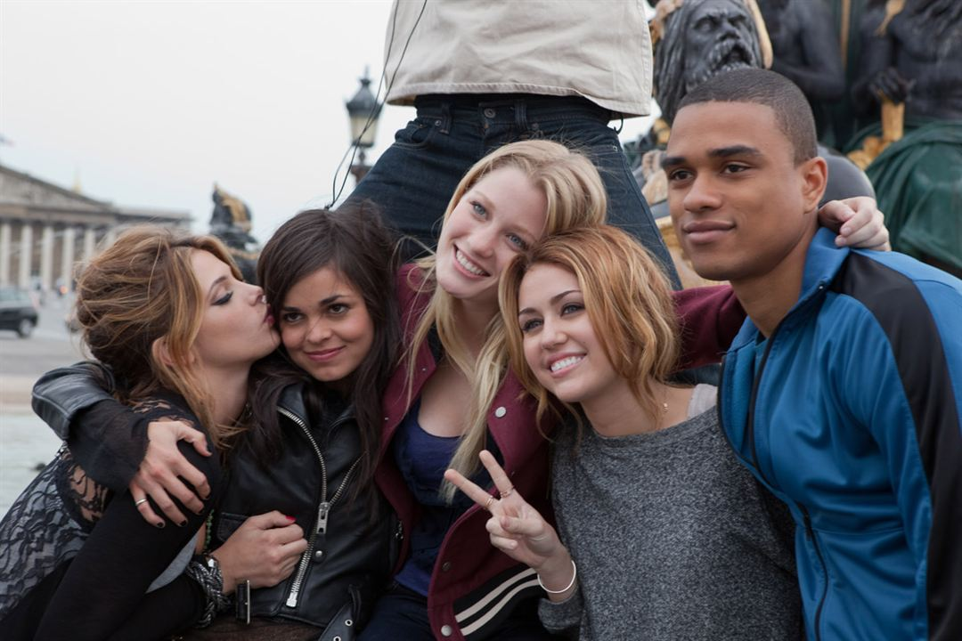 LOL USA : photo Ashley Greene, Ashley Hinshaw, Lina Esco, Miley Cyrus, Tanz Watson