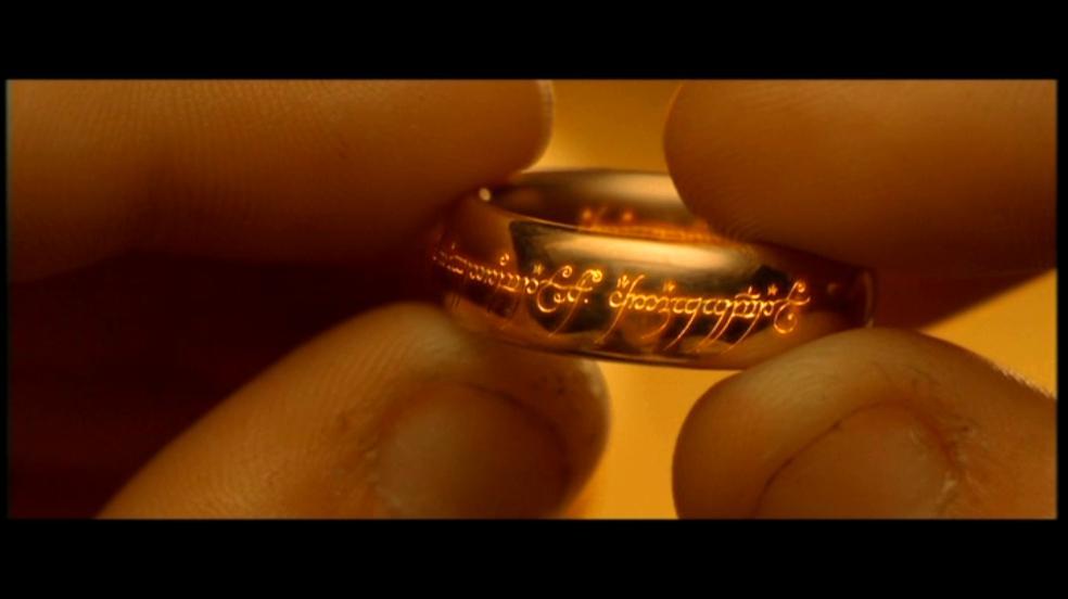 """L'anneau unique de la saga du """"Seigneur des Anneaux"""""""