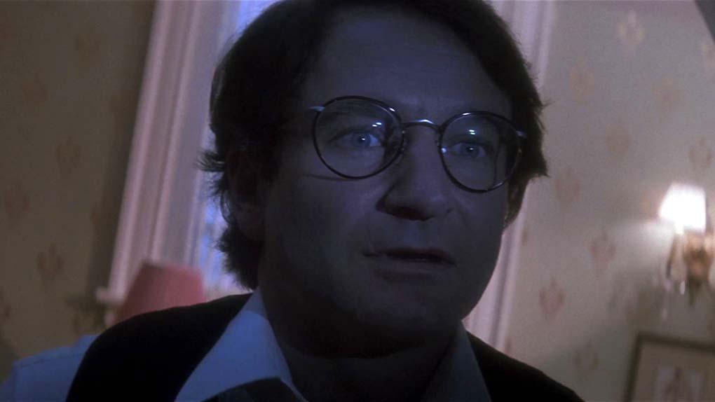 Robin Williams a improvisé pendant plus de 16 heures pour enregistrer les dialogues du Génie