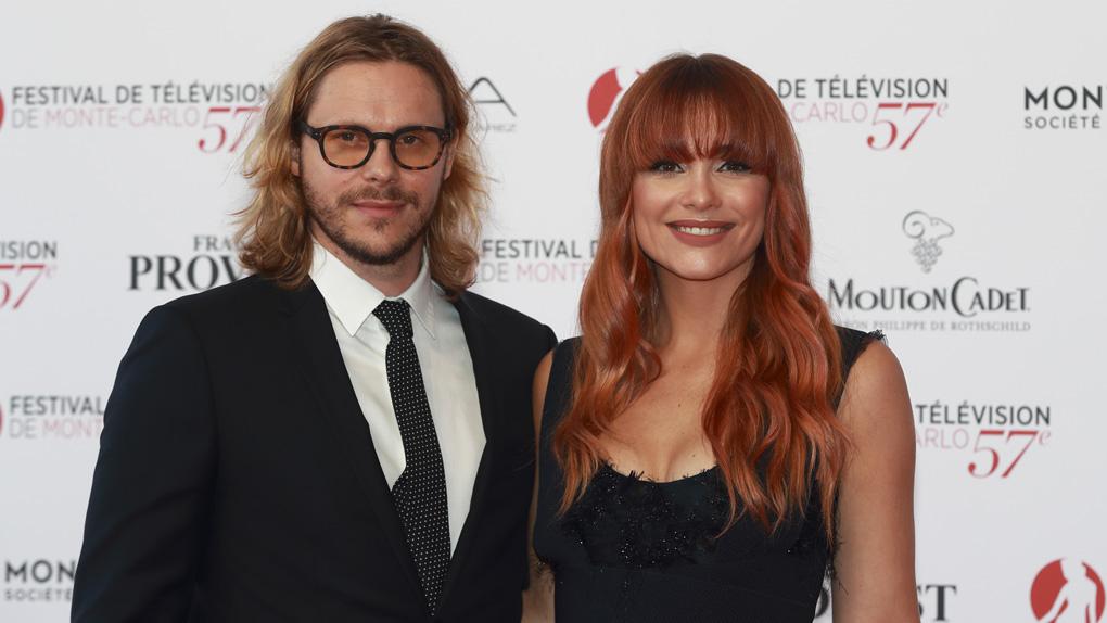 Jean-Baptiste Shelmerdine et Joy Esther lors du tapis rouge d'ouverture du 57ème festival de Monte-Carlo