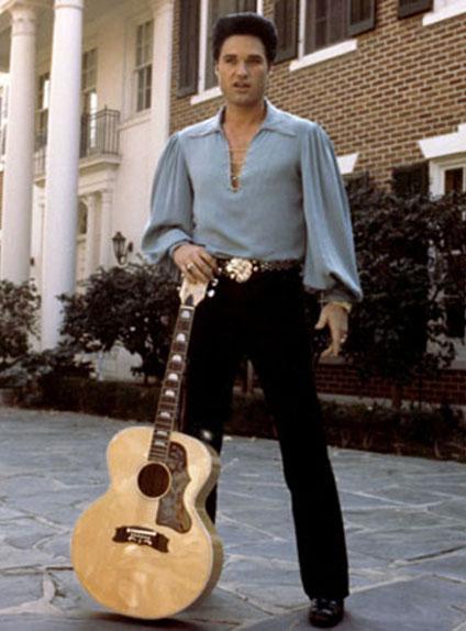 Kurt Russell dans Le Roman d'Elvis (1979)