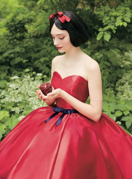 Blanche Neige (version rouge)