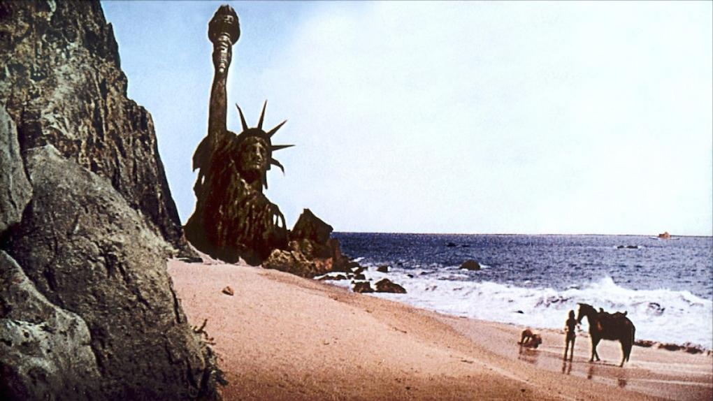 """Résultat de recherche d'images pour """"planete des singes statue de la liberté"""""""
