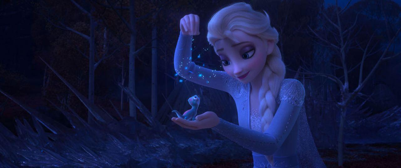 La Reine des neiges 2 avec les voix de Charlotte Hervieux, Emmylou Homs, Dany Boon...