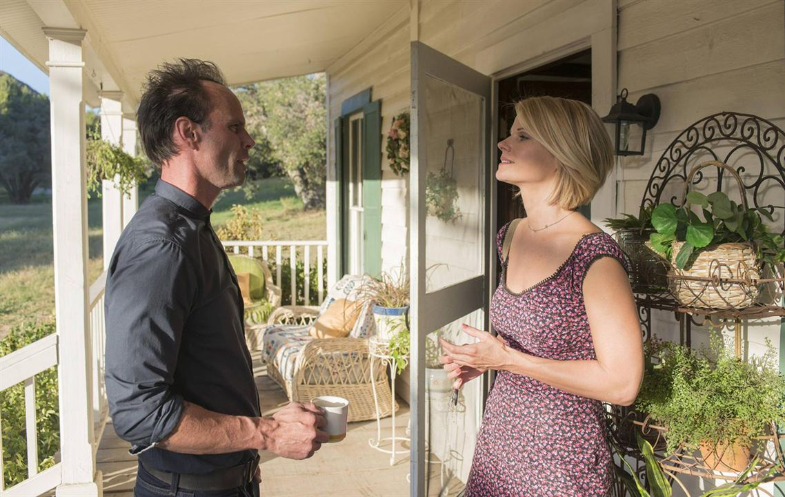 Photo Joelle Carter, Walton Goggins