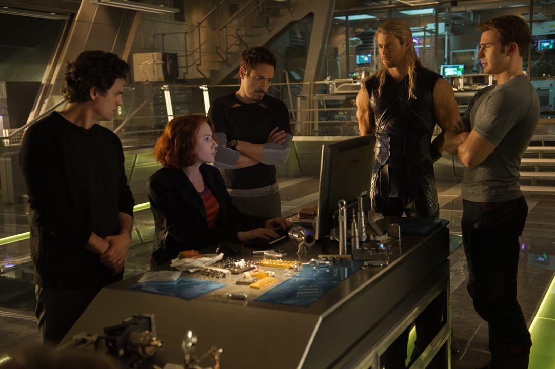 Avengers : L'ère d'Ultron : Photo Chris Evans, Chris Hemsworth, Mark Ruffalo, Robert Downey Jr., Scarlett Johansson